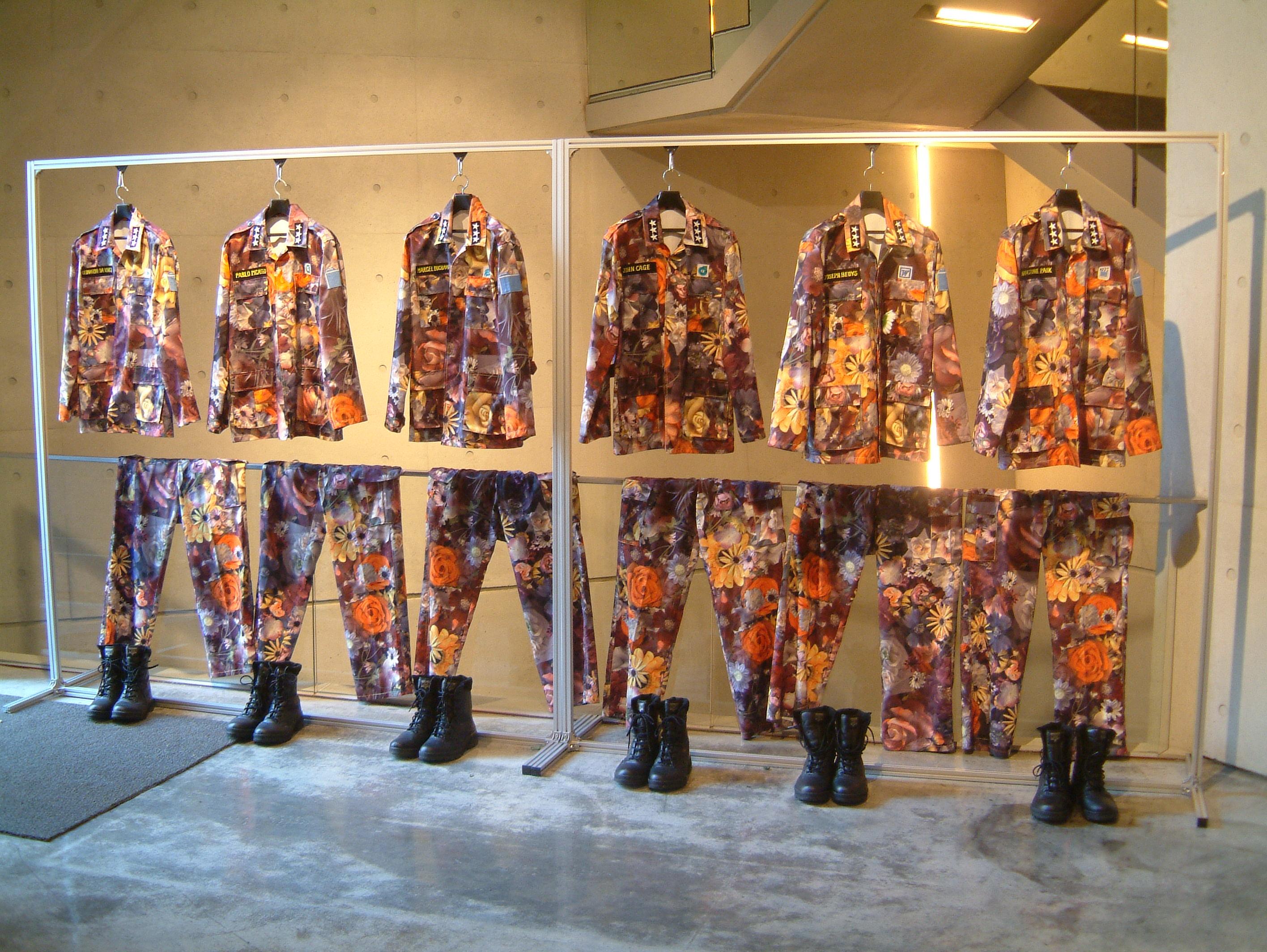Yong Baek Lee Solo Exhibition: Angel-Soldier
